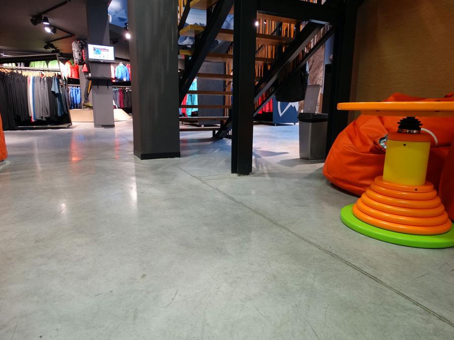 podloga-przy-schodach-d