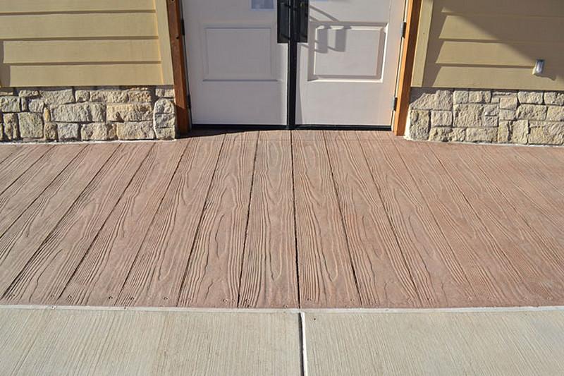 deski-drewno-z-betonu