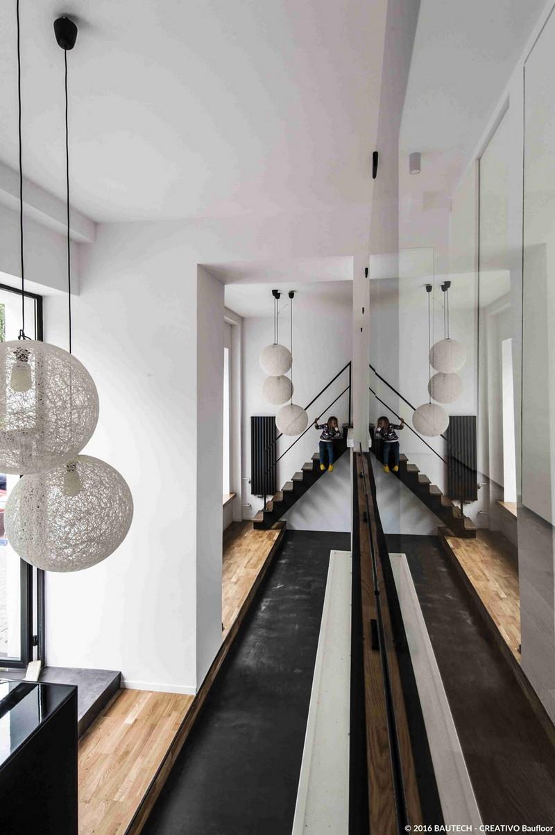 lampiony-podloga-betonowa-lustrzane-odbicie